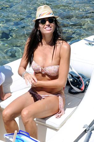 Elisabetta Gregoraci in vacanza a Porto Cervo con Flavio Briatore e il figlio Nathan Falco (Olycom)