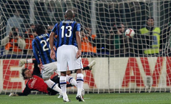Palermo-Inter: la rete di Milito (La Presse)
