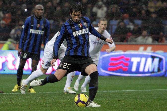Inter-Fiorentina: Milito segna il rigore decisivo (LaPresse)