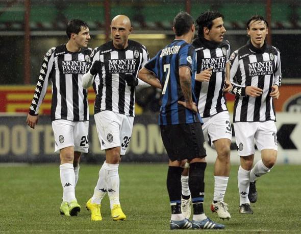 Inter-Siena: Maccarone dopo il gol