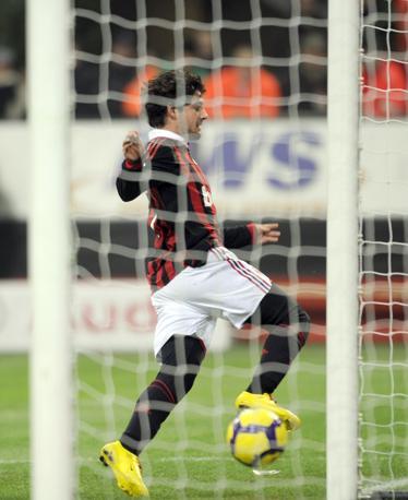 Milan-Udinese: il gol di Pato (Ap)