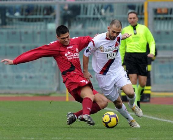 Livorno-Bologna 0-1: Di Vaio, autore del gol del Bologna (Ansa)