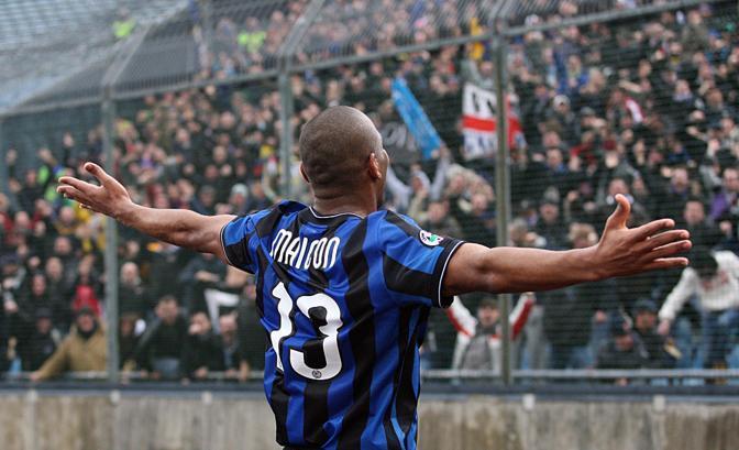 Udinese-Inter 2-3: Maicon saluta il pubblico (Ansa)