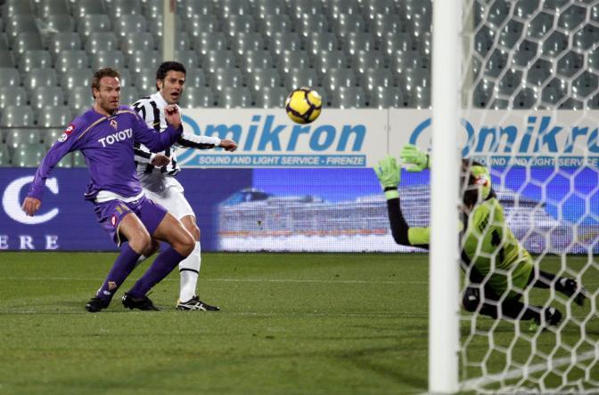 Fiorentina-Juventus: Il gol decisivo di Fabio Grosso (Ap)