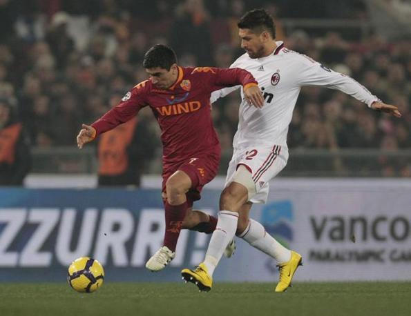 Roma-Milan: David Pizarro e Marco Borriello (Ap)