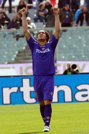 Fiorentina-Udinese 4-1: Vargas ringrazia il «cielo»?dopo il gol (LaPresse)