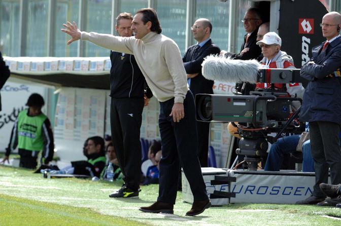Fiorentina-Udinese 4-1: Prandelli dà indicazioni ai suoi (LaPresse)