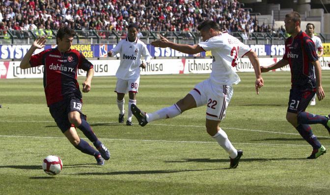 Cagliari-Milan: Il gol di Borriello (Ap)