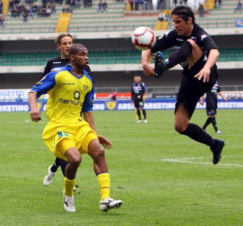 Chievo-Sampdoria: controllo volante di Pietro Accardi (Ap)