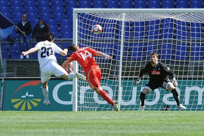 Lazio-Napoli: Sergio Floccari segna il gol del momentaneo vantaggio laziale