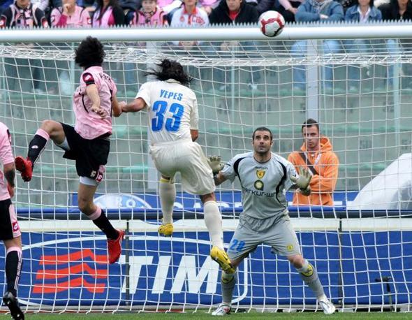 Palermo-Chievo: il gol di Pastore (Ap)