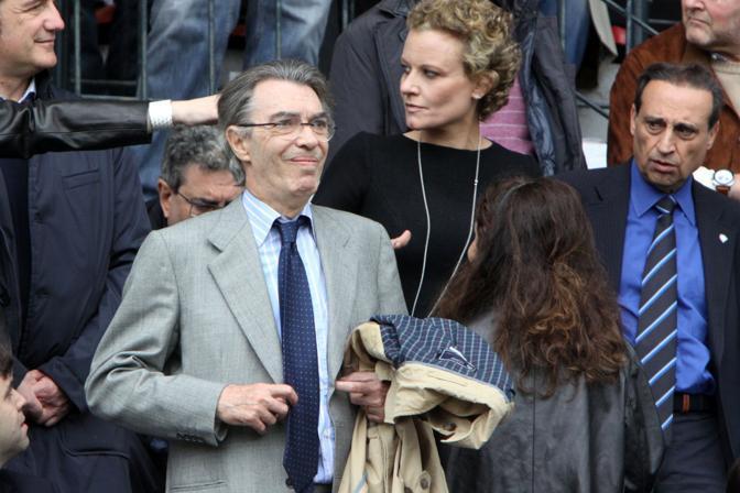 Moratti soddisfatto in tribuna, a destra Paolillo (Ansa)