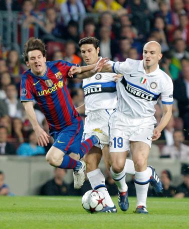 Cambiasso come un'ombra su Messi