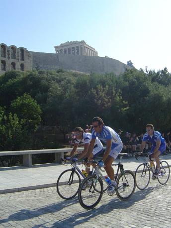 2004: con Petacchi sul circuito olimpico di Atene