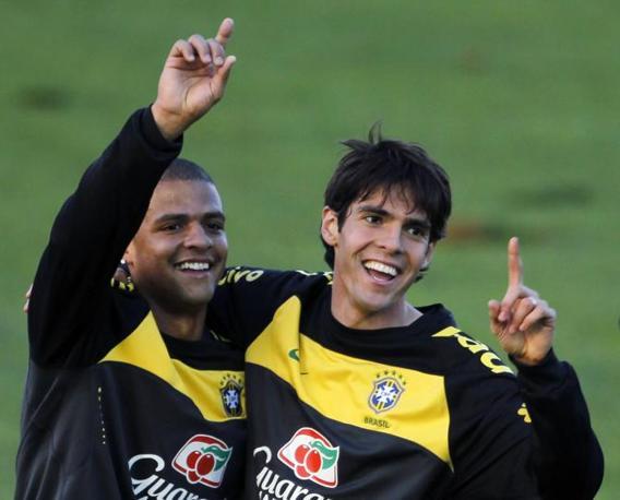 Kakà con Felipe Melo, Brasile (Reuters)