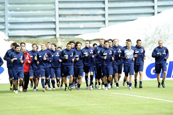 Il raduno degli azzurri al Sestriere: primi allenamenti del gruppo dei 28 giocatori in vista del Mondiale (Ap)