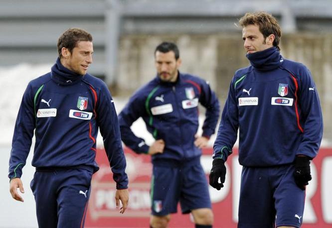 Marchisio e Gilardino, sullo sfondo Zambrotta (Reuters)