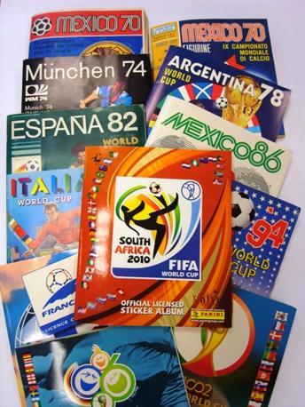 Tutti gli 11 album dei Mondiali di calcio realizzati dalla Panini