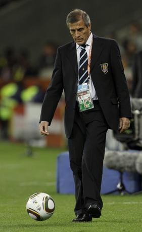 Oscar Tabarez, allenatore dell'Uruguay (Ap)