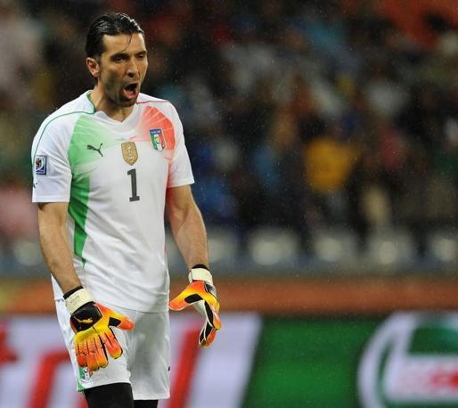 Gigi Buffon non è rientrato nella ripresa per un risentimento al nervo sciatico (Aldo Liverani)