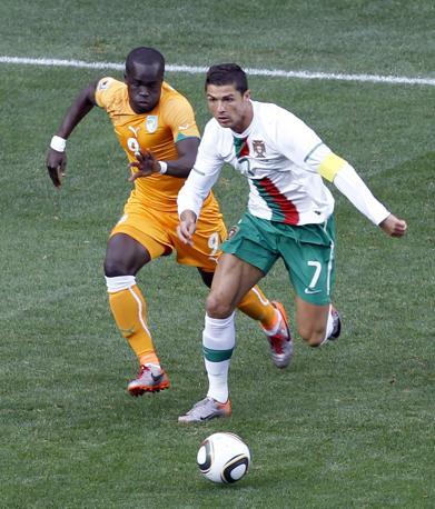 Portogallo-Costa d'Avorio: Cristiano Ronaldo nei primi minuti ha colpito il palo con un tiro dalla distanza (Reuters/Oleg Popov)