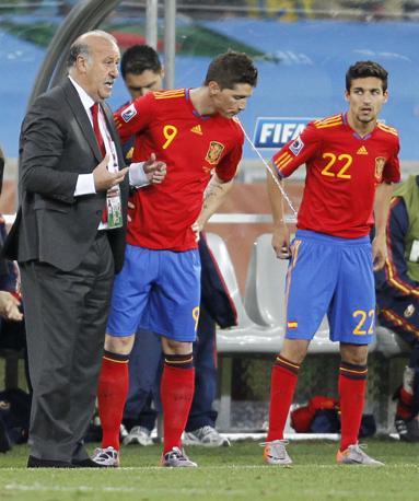Del Bosque prova a correre ai ripari inserendo Fernando Torres e Jesus Navas (Reuters)