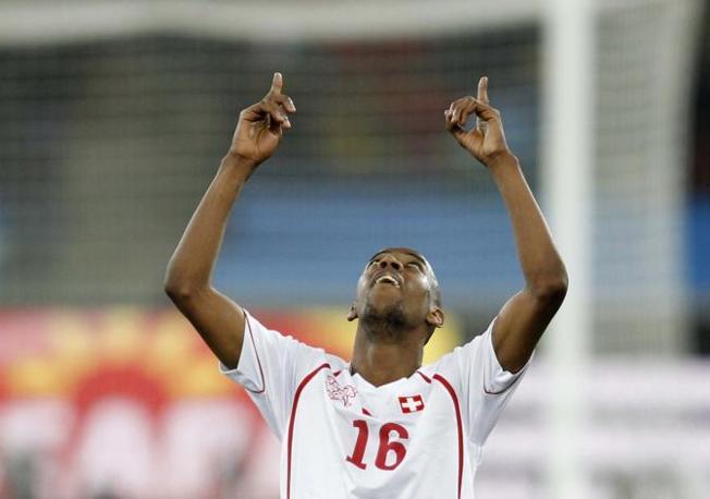 Ancora l'esultanza di Fernandes (Reuters)