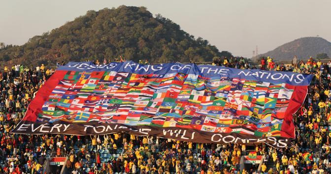 Ghana-Australia 1-1: bandiera gigante sugli spalti (Epa)