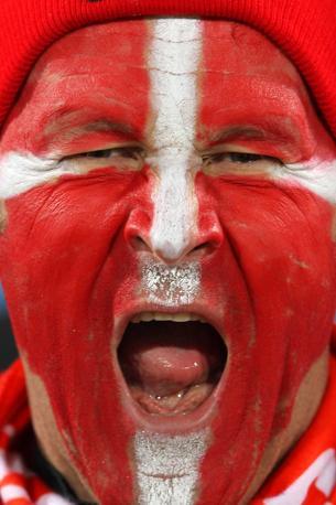 Camerun-Danimarca 1-2: un tifoso della Danimarca (Lapresse)