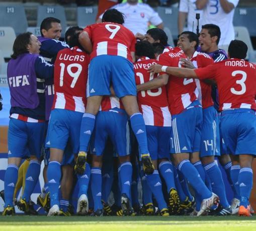Slovacchia-Paraguay 0-2: festa dopo il primo gol del Paraguay (Afp)