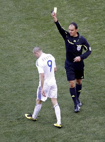 Slovacchia-Paraguay 0-2: cartellino giallo anche per Sestak (Reuters)