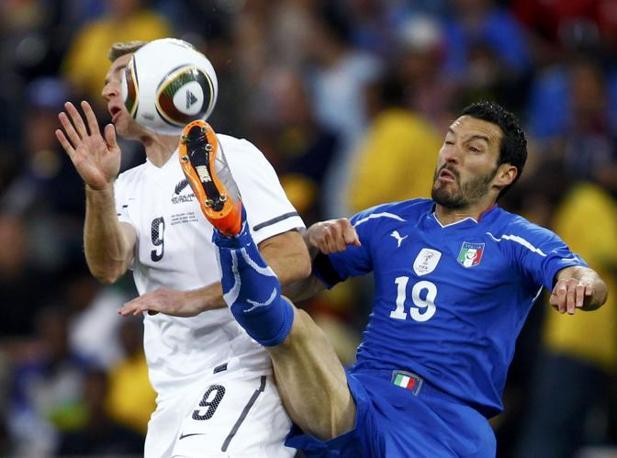 Italia-Nuova Zelanda, secondo tempo: Zambrotta anticipa Smeltz (Reuters)