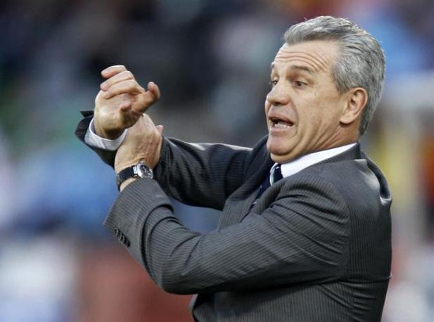 Messico-Uruguay 0-1: il ct messicano Javier Aguirre (Reuters)
