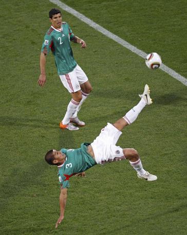 Messico-Uruguay 0-1: Salcido e Rodriguez (Reuters)