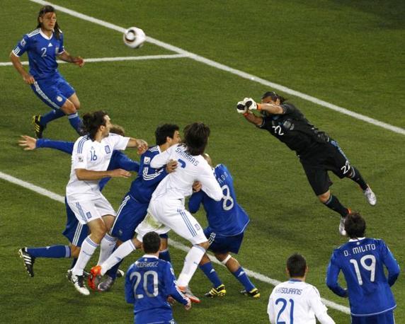 Grecia-Argentina 0-2: Romero respinge un'offensiva greca (Reuters)
