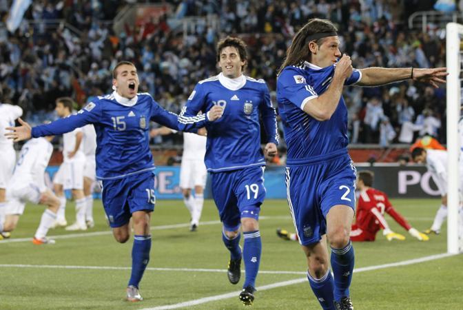 Grecia-Argentina 0-2: gli argentini festeggiano (Ap)