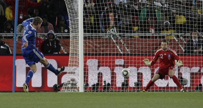 Grecia-Argentina 0-2: il gol di Palermo (Ap)
