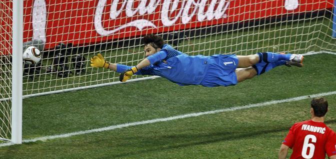 Australia-Serbia 2-1:  il gol di Tim Cahill  (Reuters)