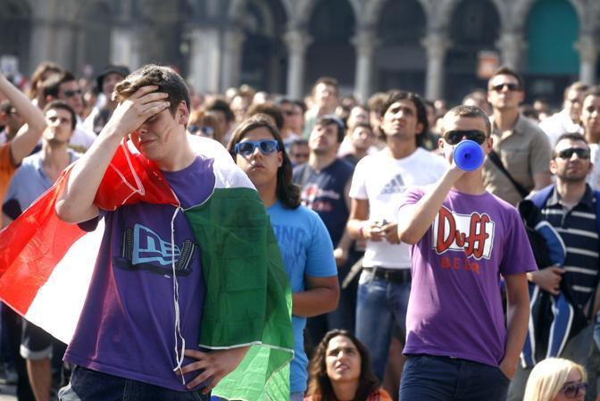 Immagini da Piazza Duomo a Milano (Photoviews)