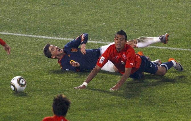 Cile-Spagna: a terra Fernando Torres e Arturo Vidal (Reuters)