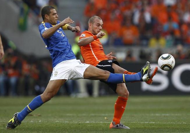 Olanda-Brasile 2-1: Felipe Melo e Sneijder (Reuters)