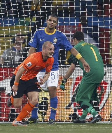 Olanda-Brasile 2-1: la gioia di Sneijder (Reuters)