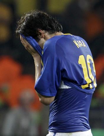 Olanda-Brasile 2-1: la disperazione di Kakà, il Brasile è fuori dal Mondiale (Reuters)