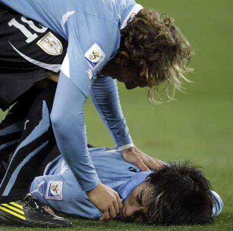 Uruguay-Ghana 5-3: Fucile a terra (Ap)