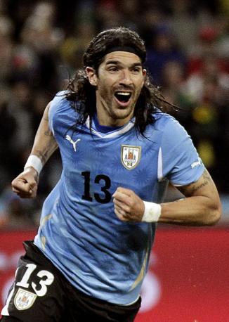 Uruguay-Ghana 5-3: Abreu, autore del rigore decisivo, l'Uruguay va in semifinale (Reuters)