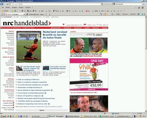 """La vittoria dell'Olanda sul Brasile per 2-1, che segna la fine del Mondiale per i verdeoro, è in apertura dei principali siti di informazione olandesi: """"NRC Handelsblad"""""""