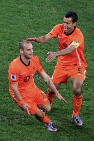 L'interista Sneijder festeggia (Reuters)