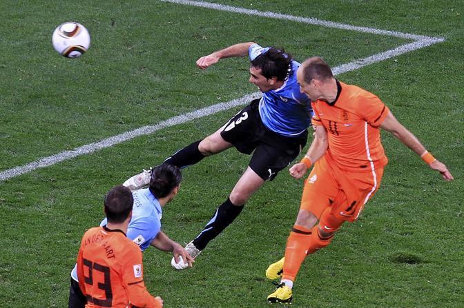 Il terzo gol olandese di Robben (Reuters)