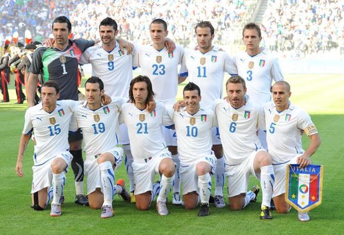 Figuraccia azzurra nella prima amichevole pre-mondiale. L'Italia è stata sconfitta per 2-1 dal Messico (Italyphotopress)