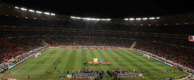 Tutto è pronto a Johannesburg  per l'inizio della finale tra Olanda e Spagna (Lapresse)